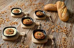 https://www.mariamalo.es/wp-content/uploads/2020/11/009_servicio-de-catering-gourmet-en-pamplona-navarra-servicio-a-domicilio.jpg