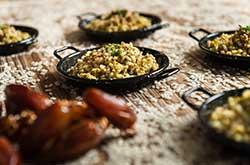https://www.mariamalo.es/wp-content/uploads/2020/11/010_servicio-catering-service-show-descubre-nuestra-gran-variedad-de-platos-y-canapes-en-pamplona-navarra.jpg