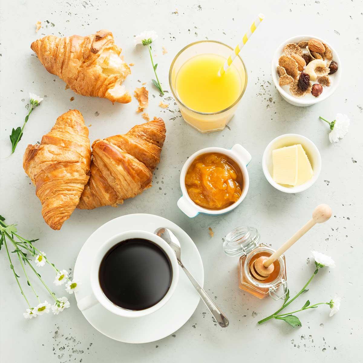 https://www.mariamalo.es/wp-content/uploads/2020/12/001_envio-de-desayunos-y-churros-a-domicilio-regalo-perfecto.jpg